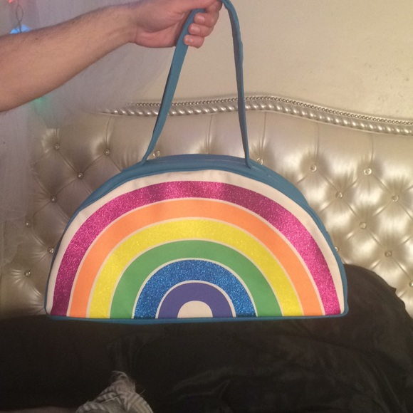 $38 Betsey Johnson Rainbow Cooler  US4